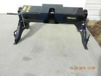 Hijacker Fifth Wheel Hitch Very Good- Rails/Brackets Also.