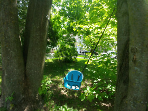 Outdoor swing for baby with connection kit to trees