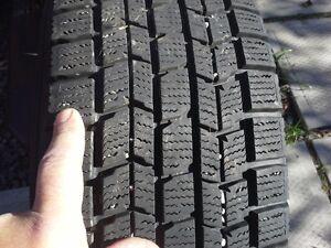 pneus 215-70-15 avec roue