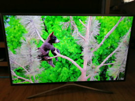 40 inch Smart LED full HD Samsung TV with Freeview
