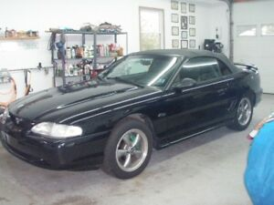 1998 MUSTANG GT CONVIRTABLE (NEWER PRICE)
