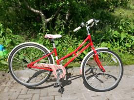 Victoria Pendleton Littleton Classic Ladies/Girls Bicycle