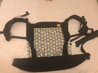 TULA Baby Carrier / Sling