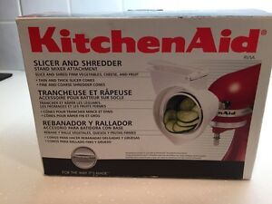 AVAILABLE kitchenaid slicer and shredder  London Ontario image 2