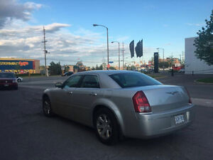 2005 Chrysler 300-Series $2500 OBO
