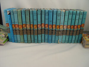 Collection 26 Books The Hardy Boys and The Bobbsey Twins 1958
