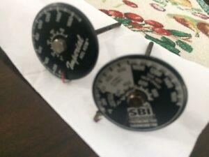 2 thermometres  pour poêle a bois