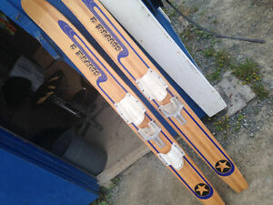 Star fire  2 water ski's