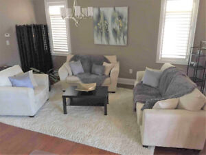 Living/Family Room Sofa Set & Coffee Table