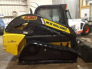 2013 NEW HOLLAND C232 LOW HRS