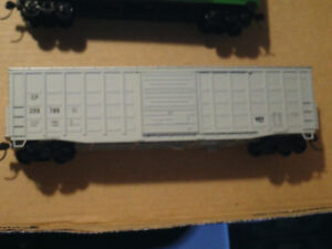 HO scale CP Canadian Pacific boxcar for electric model trains