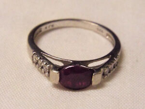 Ladies Sterling Silver925 Ring - Red stone/cubic zirconia sz 9