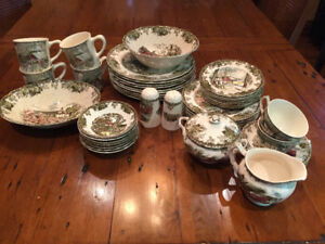 Johnson Bros The Friendly Village Dinnerware set - 48 pieces