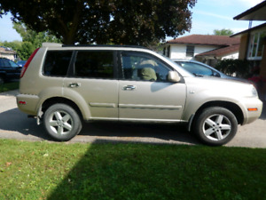 2005 Nissan X-Trail as is