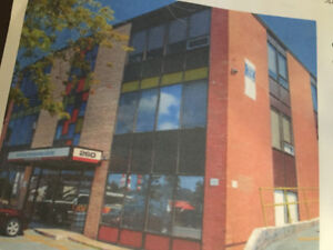 262 WYSE ROAD PROFESSIONAL CENTRE - PRIME OFFICE/RETAIL SPCE