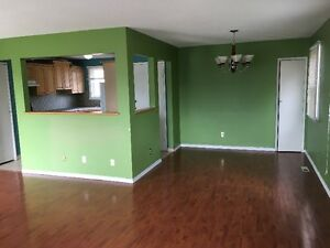 3 Bedroom House (Main Level) for rent in Rundle for $1000.00