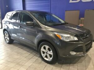 2015 Ford Escape SE  SE 4X4 W\Heated Seats,Backup Camera