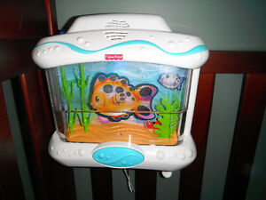 Fisher Price Ocean Wonders Aquarium for Crib