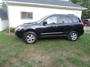 2009 Hyundai Santa Fe,  GL model, AWD, v 6 , excellent condition