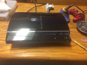 500 gig backwards compatible PS3 in very good condition