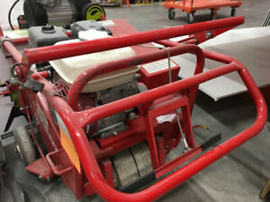 Classen lawn aerator with Honda engine