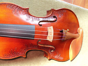 VIOLIN 4/4 FULL SIZE CARVED INLAY SOLID SPRUCE TOP ,MAPLE SIDES London Ontario image 10