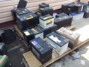 we sell good used car batteries, differnt types, top and side po