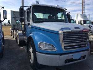 2006 Freighliner Tandem-Axle Day Cab - Pre Emission