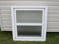 """Single Hung window (30 1/4"""" x 32 3/4"""") - Obscured glass (1)"""