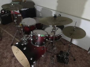 Pdp maple kit with snare