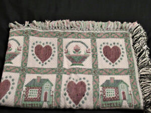 Green and Burgundy Country Style Throw