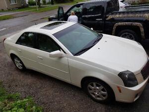 2005 Cadillac  81000 original kms