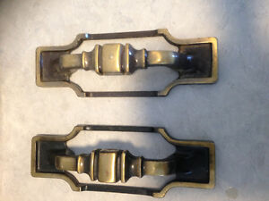 Cabinet handles and hinges