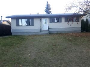 3 bed bungalow for rent Spruce Grove