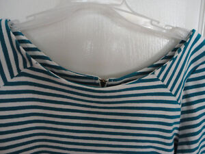 Women's Old Navy white/blue striped blouse top shirt Size Large London Ontario image 2