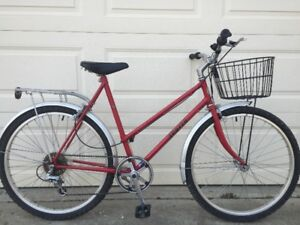Taller Ladies Apollo Bicycle, awesome condition,
