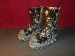 NEW ROCK BOOTS woman size 8 need repairs Botte Punk femme