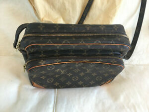 bb40a23ab186 Auth Louis Vuitton Crossbody Bag