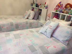 Children's simple/ Twin size bedding set - everything included