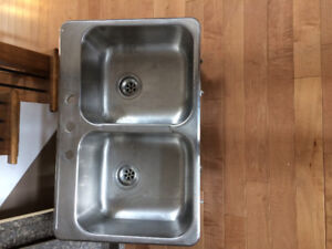 Double stainless steel sink