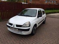 Renault Clio 1.2 2003 white