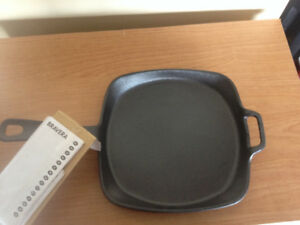 New Cast Iron Pan