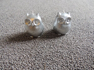 Silver sparkle owl candles