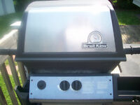 broil king barbq with tank