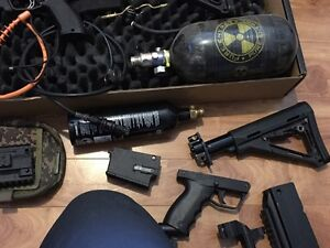 Tippmann X7 Phenom Mag Feed w tons of accessories Peterborough Peterborough Area image 4