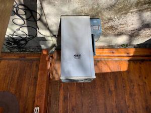 Bradley 6 rack electric smoker