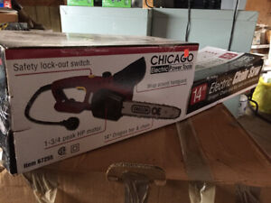 Electric chain saw new in box