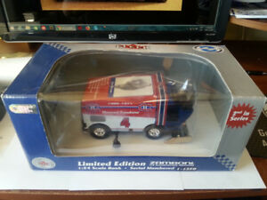 Montreal Canadiens 1/24 Scale Zamboni Limited Guy LaFleur
