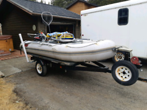 Inflatable 12 foot 6 boat