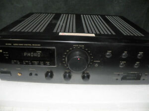 JVC RECEIVER with PHONO input